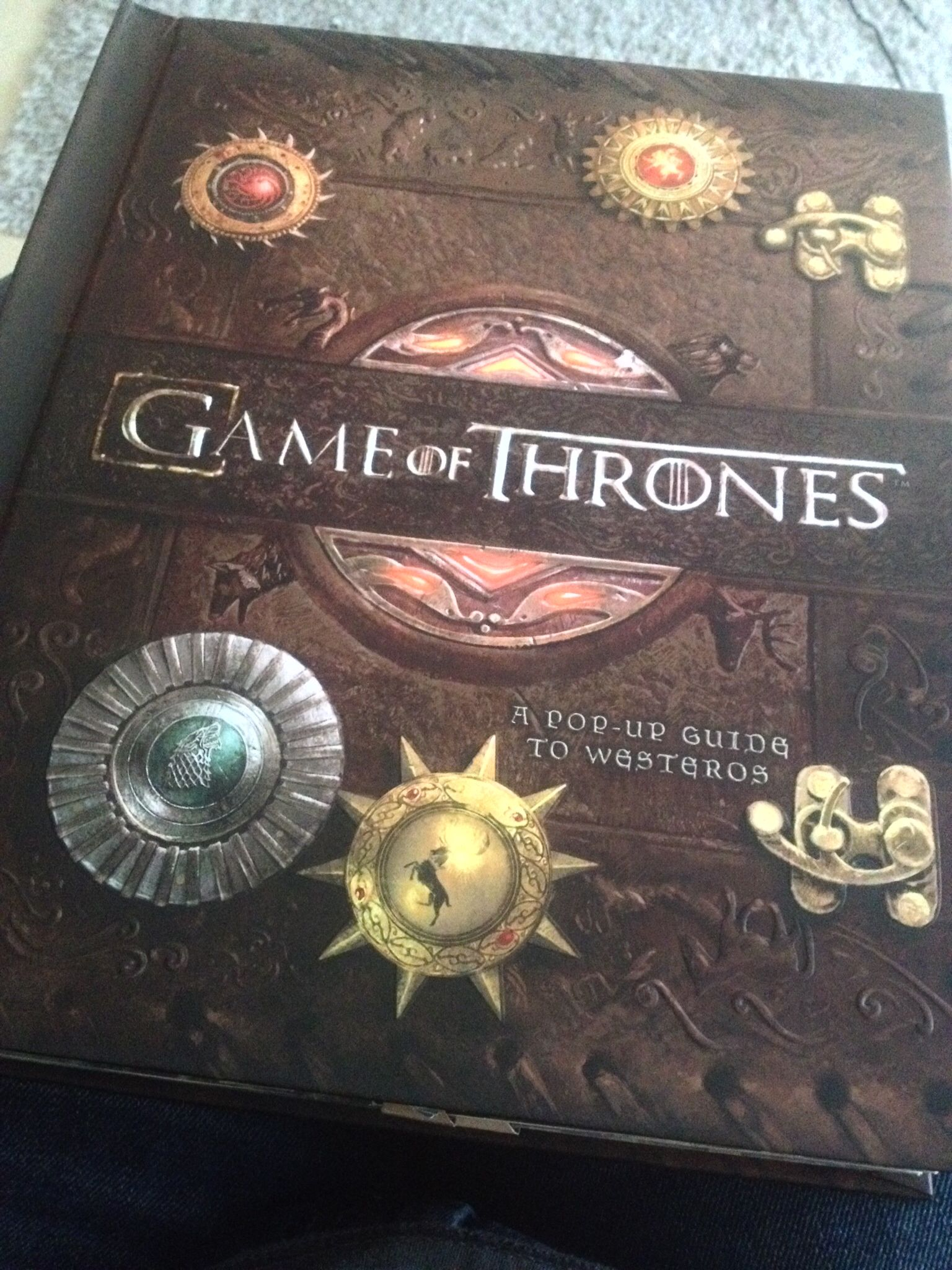 Guide to Westeros - Pop Up Book