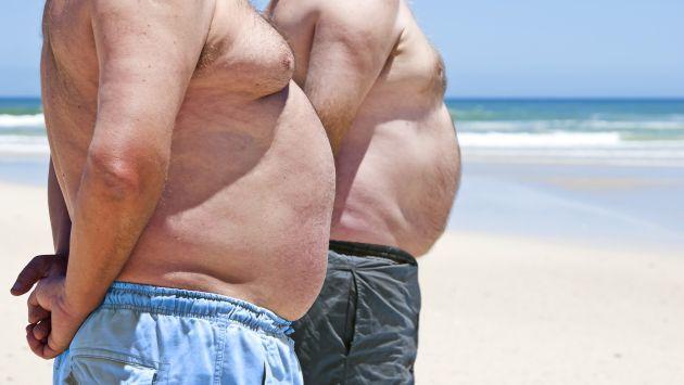 Hombres con mayor grasa corporal duran más en relaciones sexuales