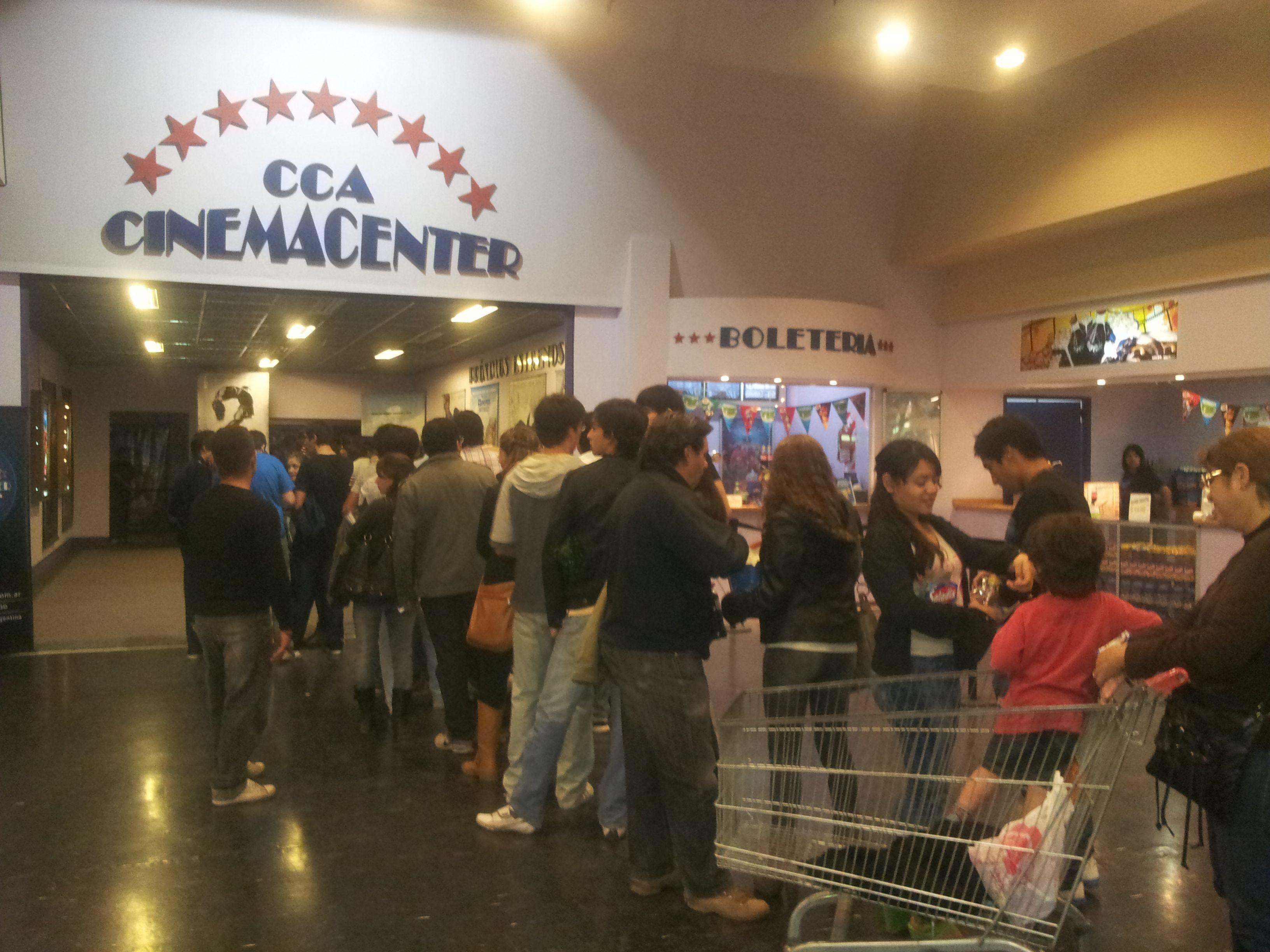 Otra tarde de cine con nuestros clientes al día. Gracias por acompañarnos.