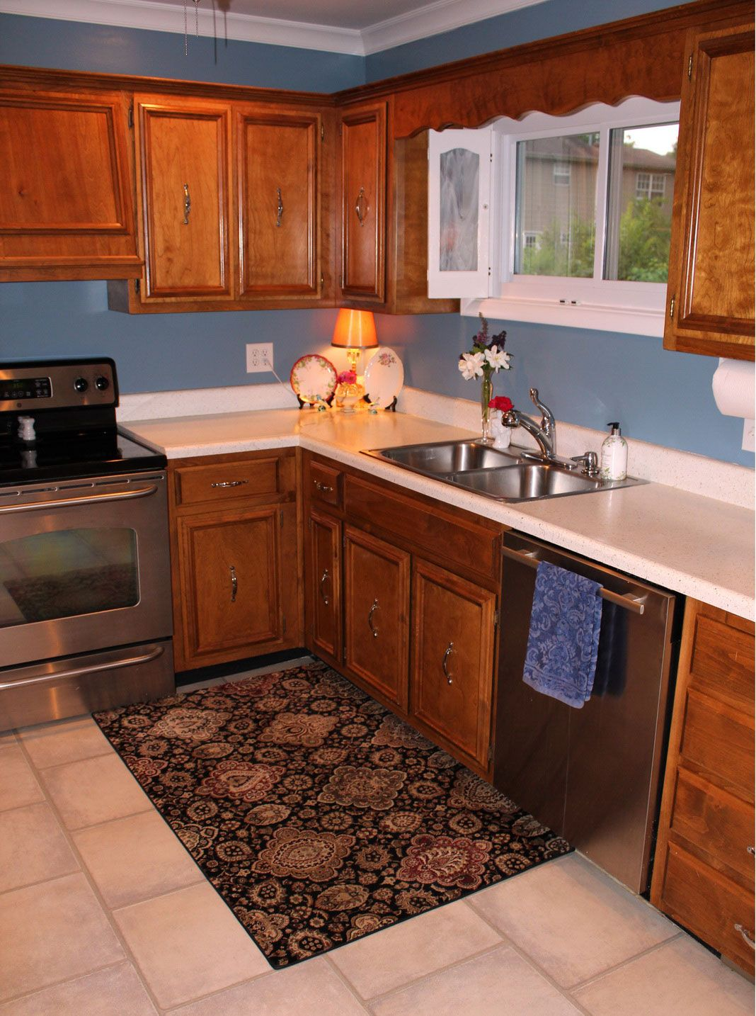 Choosing Right Furniture In Kitchen Ideas For Small Kitchen: Small Kitchen  Rugs Design ~ Kitchen