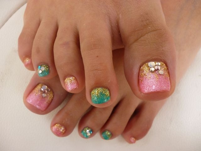 nail art design toe pedicure