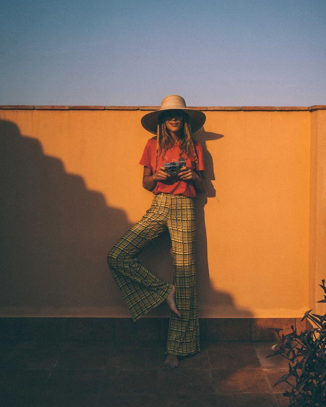 961accdb44 Nuria Val (@frecklesnur) | Photography in 2019 | Fashion, Fashion ...