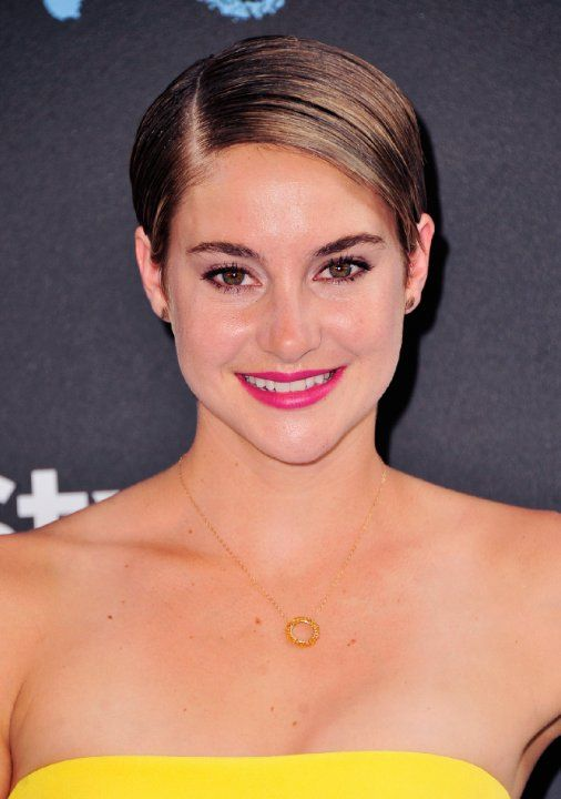 Shailene Woodley at event of The Fault in Our Stars (2014)