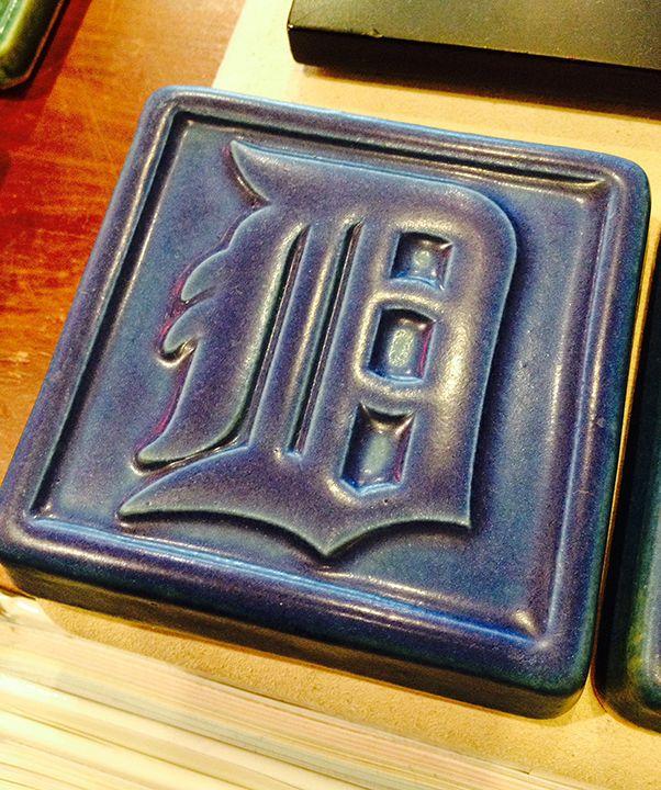 Pewabic Detroit Tiger S Old English D Tile Pewabic Pottery Detroit Pewabic Pottery Pottery Old English D