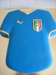 Italian Soccer Jersey Soccer Cake Soccer Birthday Beautiful Birthday Cakes