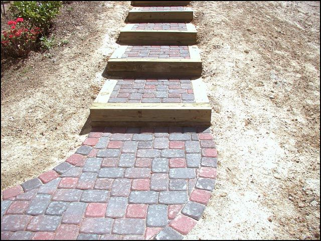 Interlocking Paver Driveway Installers Stone Walkway Design Build Paver Driveway Driveway Landscaping Stone Walkway