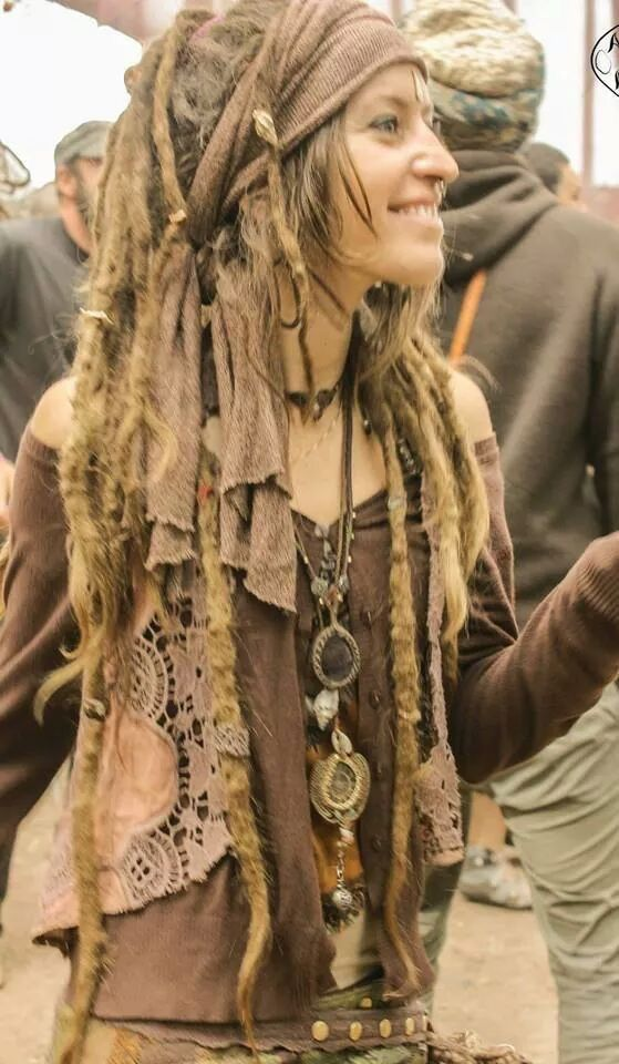 Girl Dreads Dreads Dreadlock Frisuren Dreadlocks Und Dreadlocks