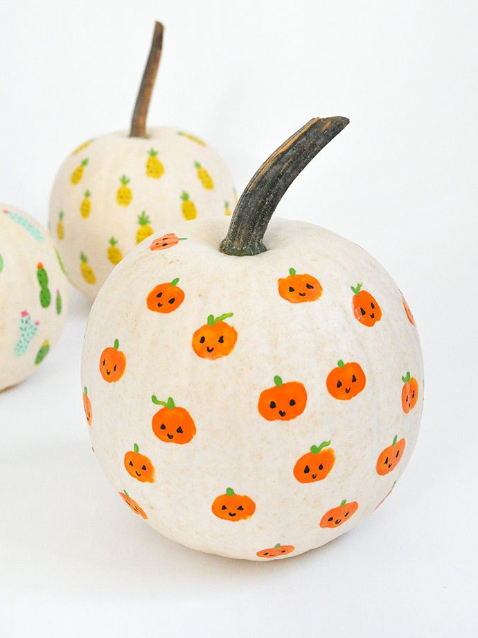 DIY Fingerprint Art Pumpkins | Handmade Charlotte -   19 easy cute pumpkin painting ideas