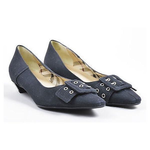 collections Burberry Low-Heel Buckle Pumps discount cheap price sOOB8Ac6
