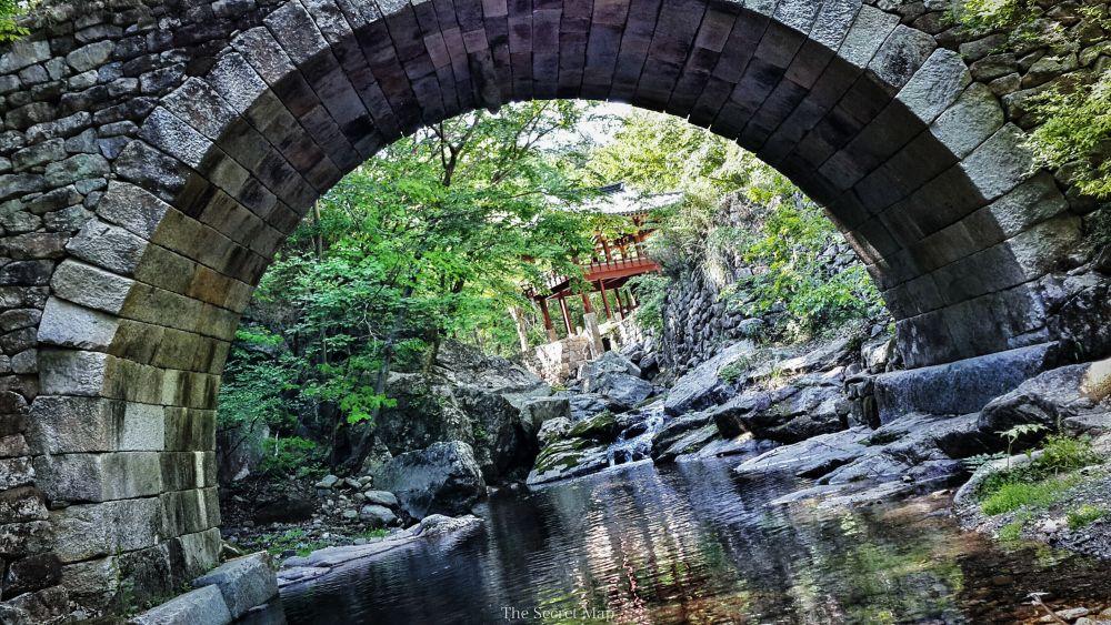 Seonomsa temple