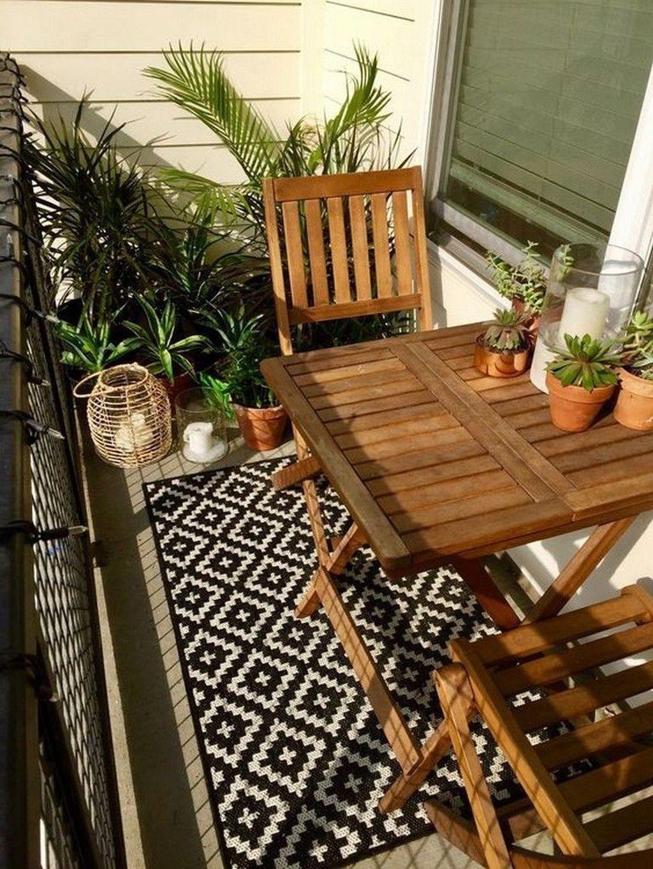45 Wunderschönes kleines Apartment mit Balkon als Dekoration #balkondeko