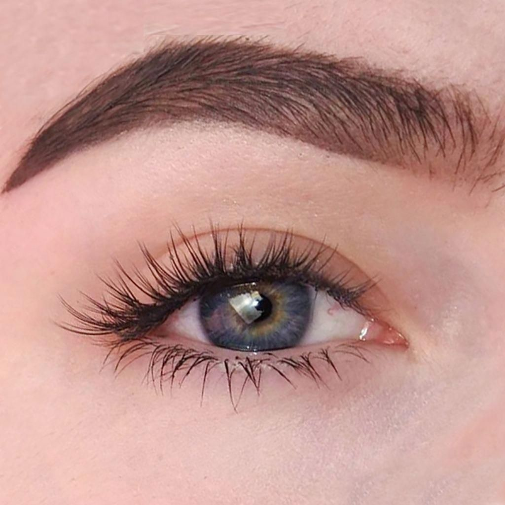 Get eyelashes extensions look at home or on the go with