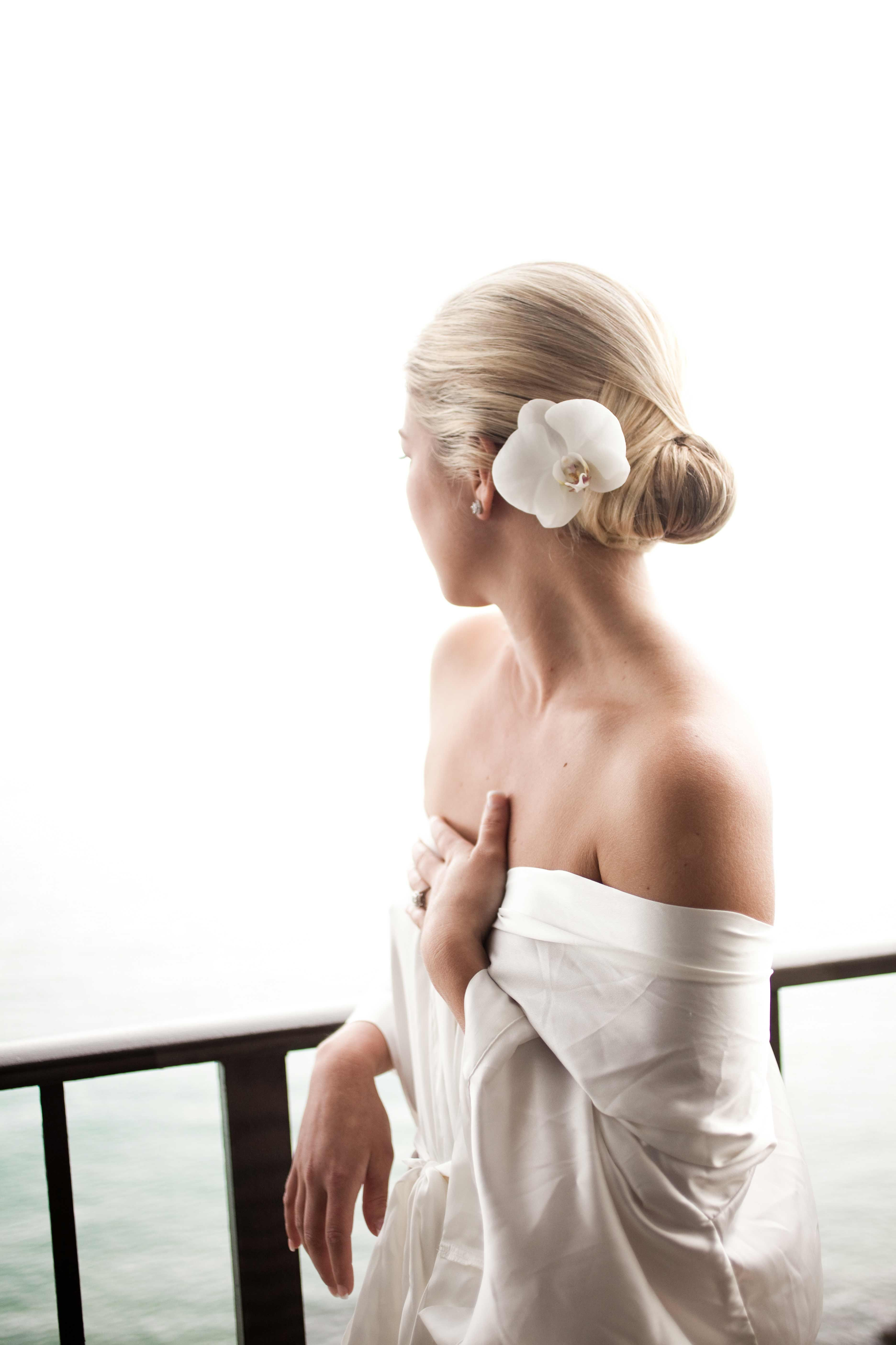 Get Inspired by Sophisticated Updos for Your Wedding-Day Look ...