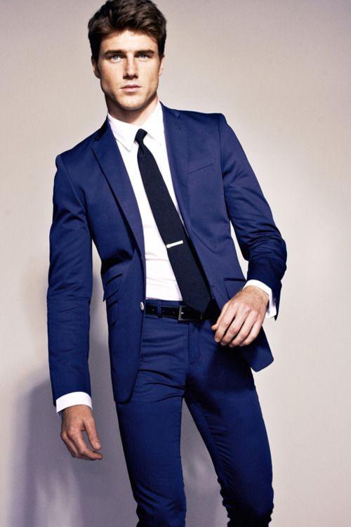6e3cc388f3e9 Blue suit with tie clip. Like a boss. Men's fashion / mens style ...