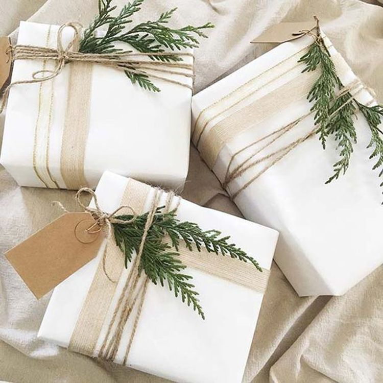 Homemade DIY Valentiness day Gift Wrapping Christmas Gift Wrapping Decorations Ideas Holiday Gift Decor Guide Simple and Easy Pretty Gift Packaging