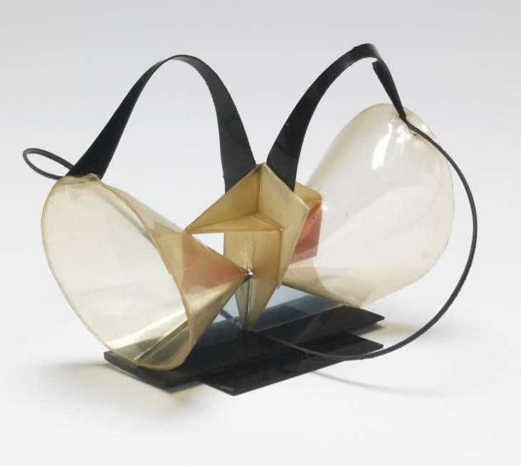 Naum Gabo, 'Model for 'Construction in Space 'Two Cones''' 1927