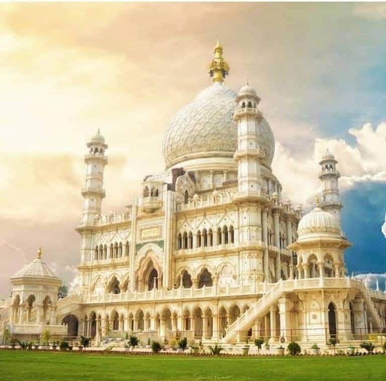 agra-radha-soami-dayalbagh-near-taj-mahal-took-114-years-to-make