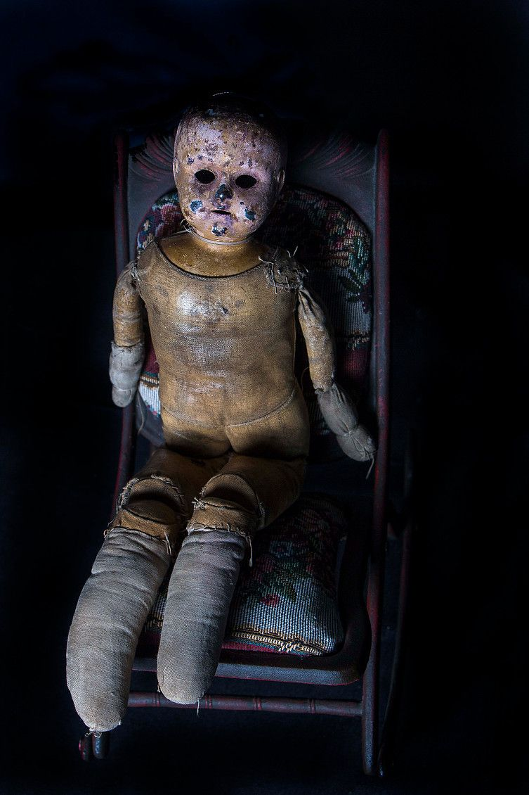 dating-antique-dolls