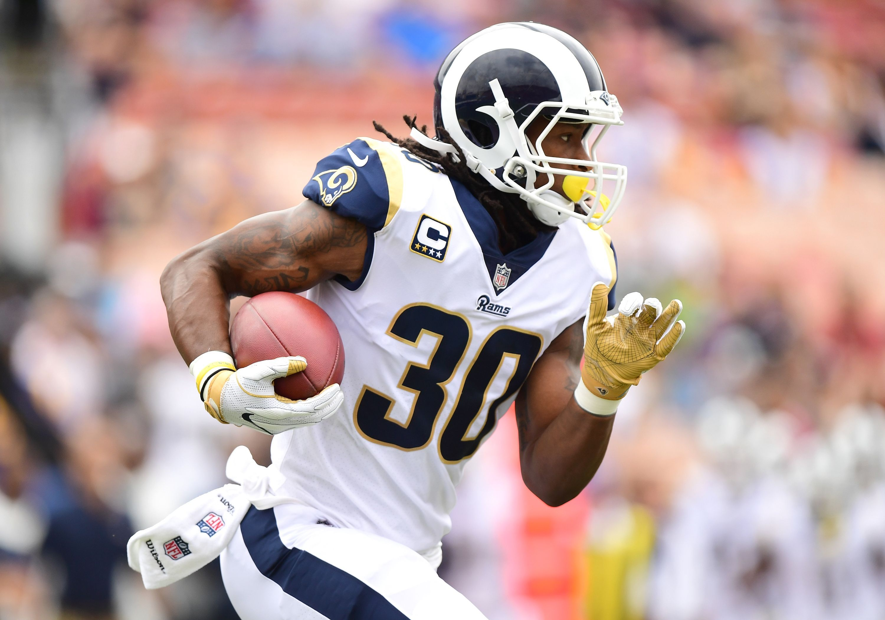 Todd Gurley hurdles defender before reaching out for touchdown