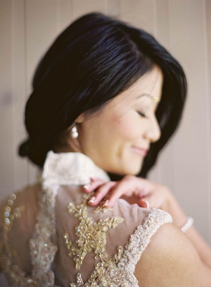 White gold wedding dress  mandarin collar  wedding dress  white u gold  jenhuangphoto