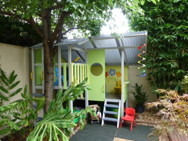 Such an awesome jungle hideaway cubby