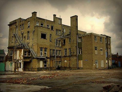 haunted asylums | Creepy Asylums, Abandoned Hospitals, Weird & Haunted Places