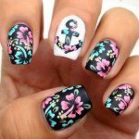 17 Marvelous Floral Nail Designs For Short Nails! #flowernails #nailart - bellashoot.com