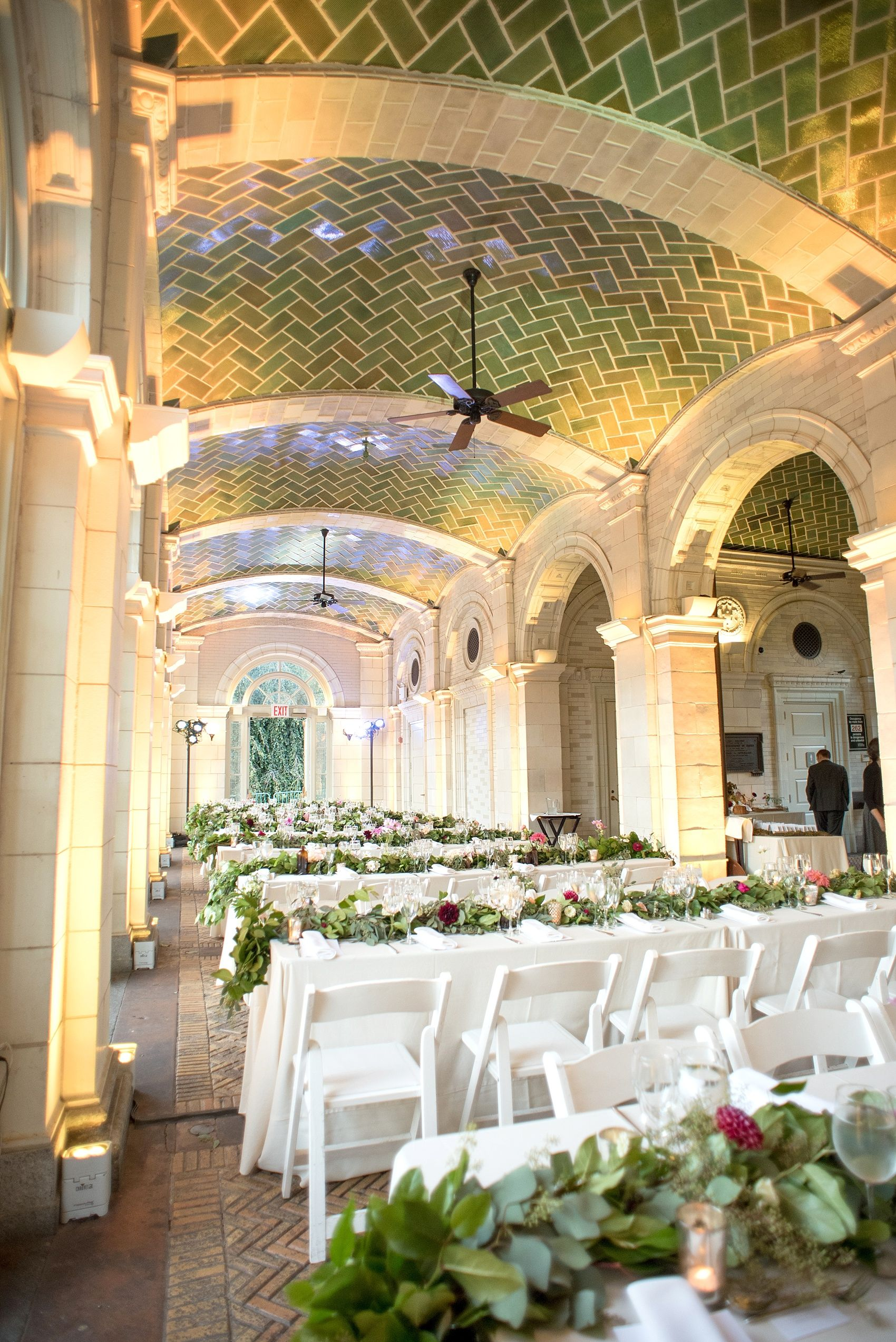 Mikkel Paige Photography Photos Of A Wedding At Brooklyn S Prospect Park Boathouse With Fl Garland By