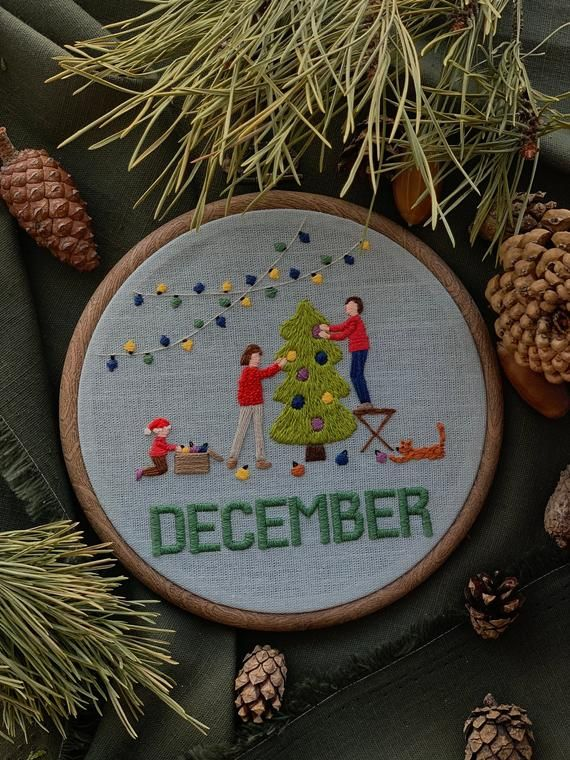 Hand embroidery in hoop.Unique family portrait, perfect gift for your family.Month to month calendar in the hoop. It's not just a picture, but a whole family story told in hand embroideryThe twelfth month - December: finally came December, the last month of the year. The Christmas spirit is already in the air and the children are waiting for you to decorate the Christmas tree and wait for gifts.For the order, you can send your photo and we will make a similar embroidery for your family.Diameter: