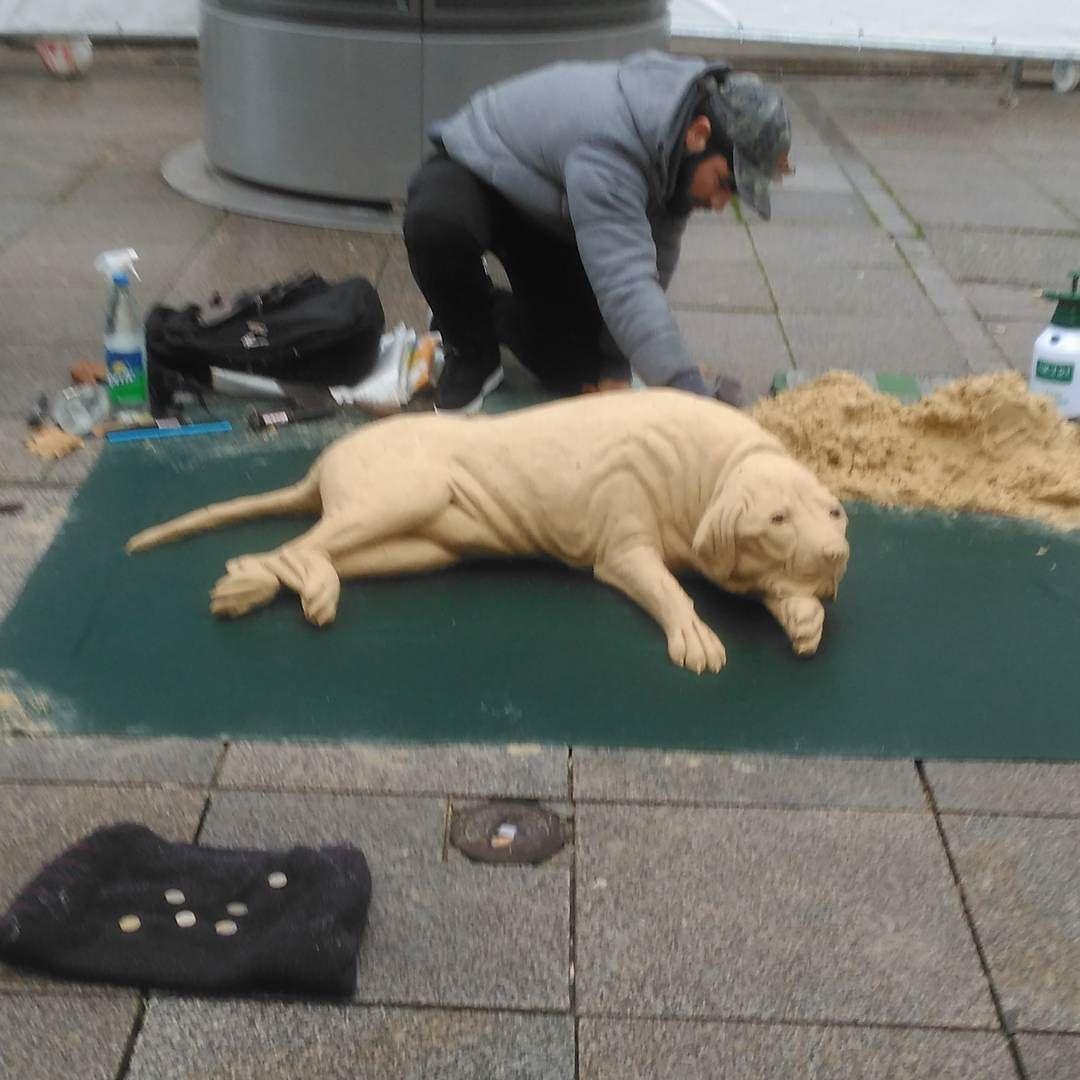 Künstler Stuttgart sand in stuttgart sand künstler auf der königstraße