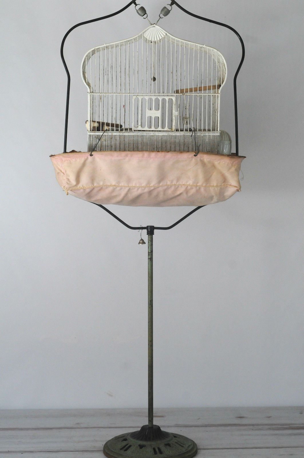 details about antique 1930s bird cage rare short cast iron birdcage stand with cage skirt bird. Black Bedroom Furniture Sets. Home Design Ideas