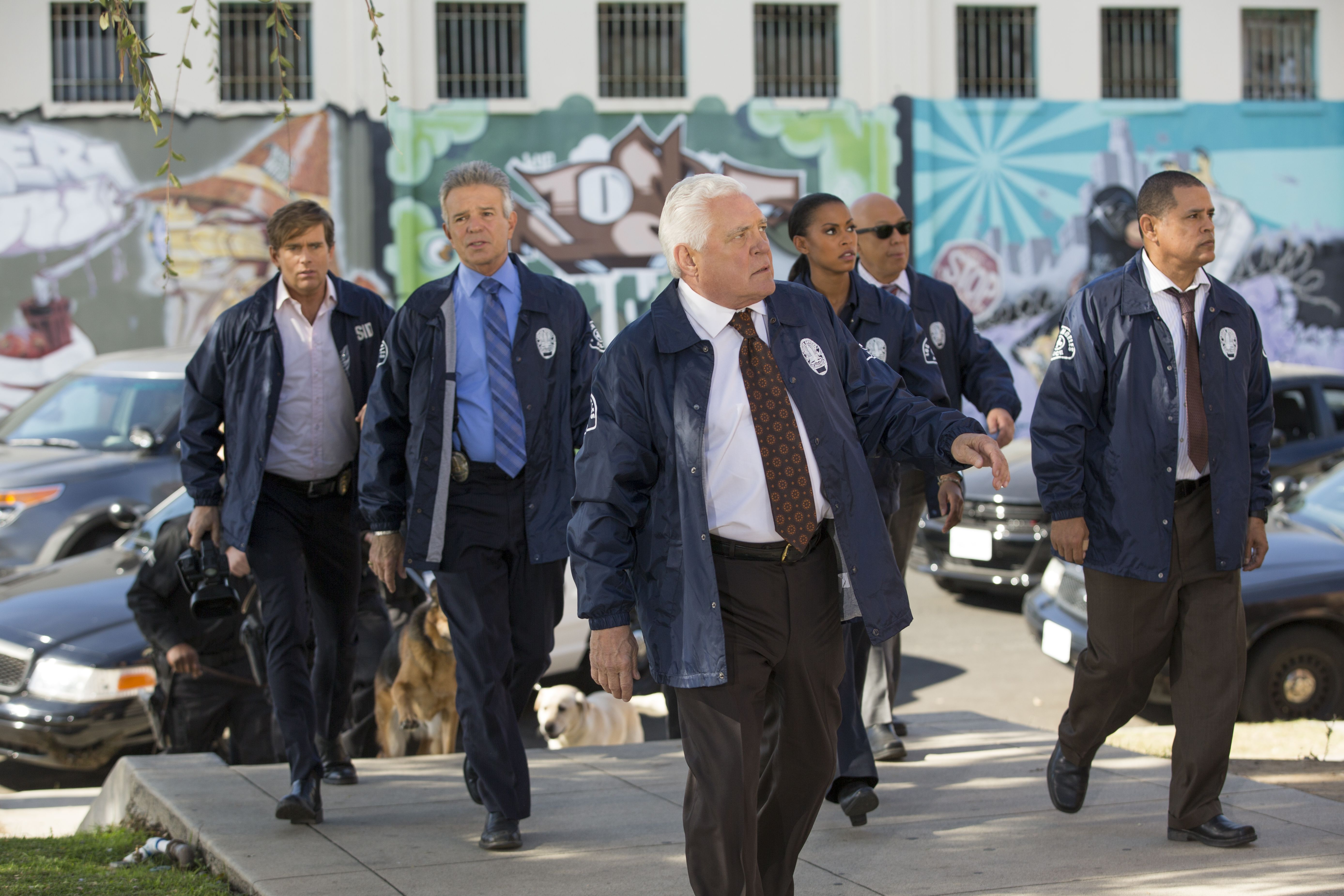 The Creator Of Major Crimes Says They Were Ready For A Cancellation After Season Five What Do You Think Do You Watch The Tnt Major Crimes Police Dramas Crime