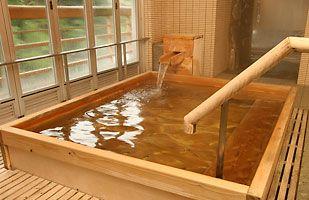 japanese hinoki wood soaking tub. Hinoki bathtub  Relaxing soak with the fragrance of wood wafting over you