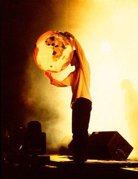 Best International Velvet Stone Roses Concert Image 400 x 300