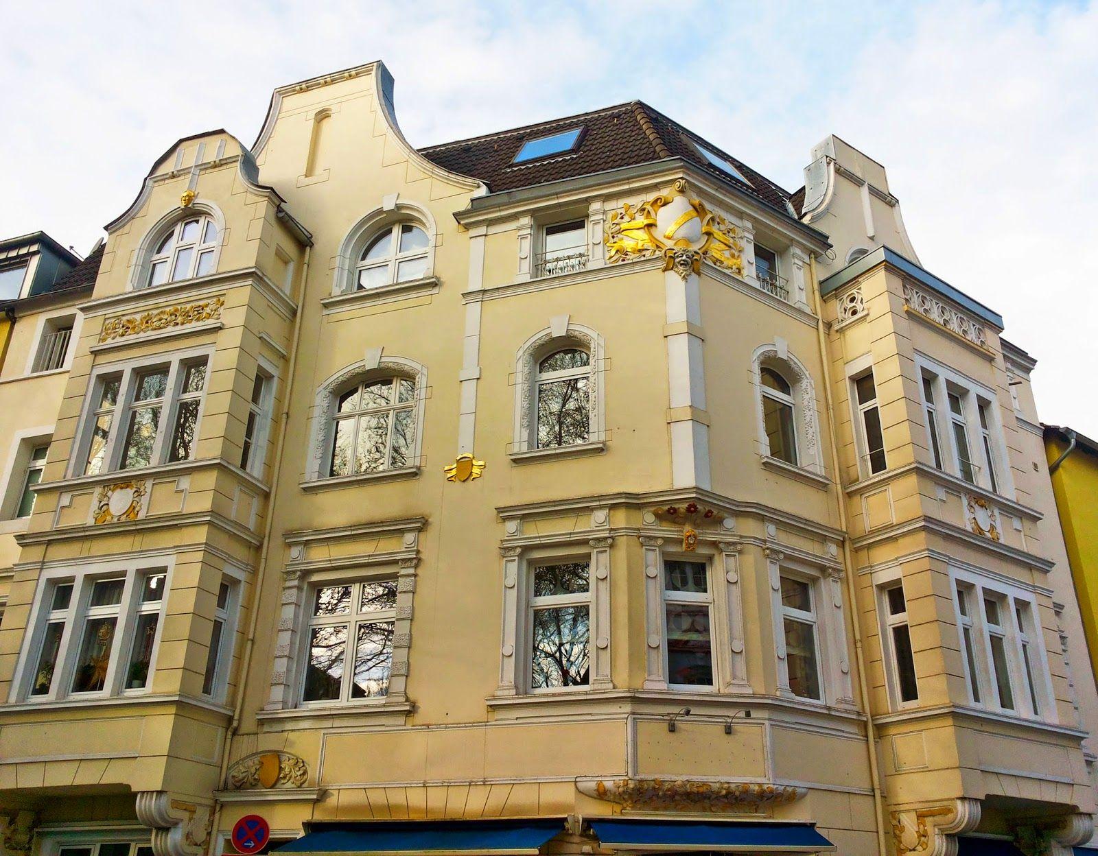deutschlands sch nste altbauten essen jugendstil altbau gr nderzeit barock fassade. Black Bedroom Furniture Sets. Home Design Ideas