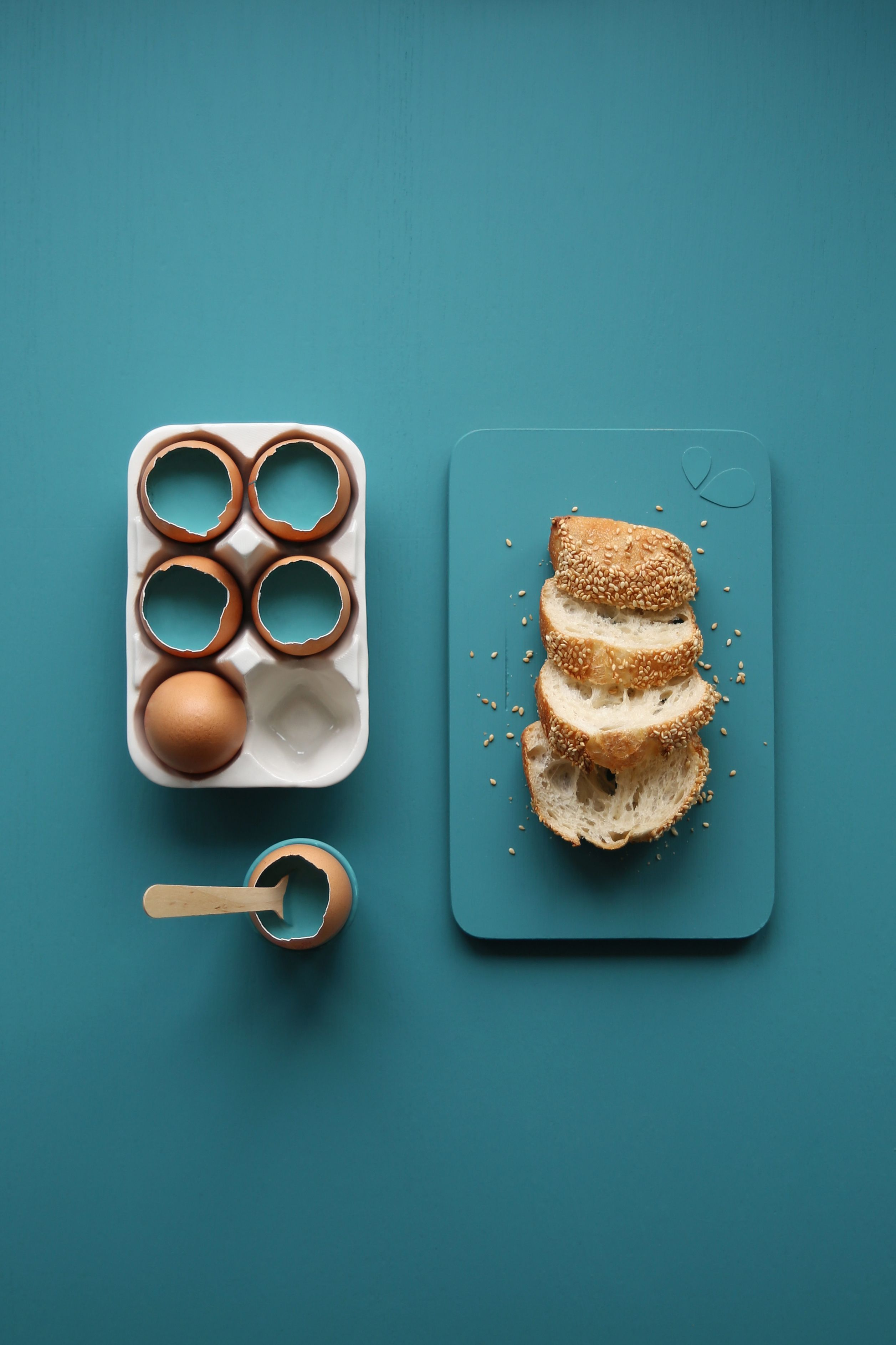 """Breakfast with a twist! """"Jesus Sauvage"""", a self-proclaimed French dreamer, created this Vardo inspired moodboard to bring new meaning to freshly cracked eggs for breakfast."""