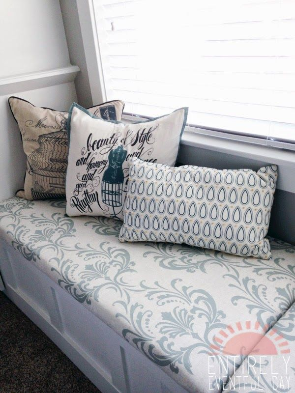 The Easiest Way To Make A Custom Bench Cushion Simple And Inexpensive Diy Www Entirelyeventfulday