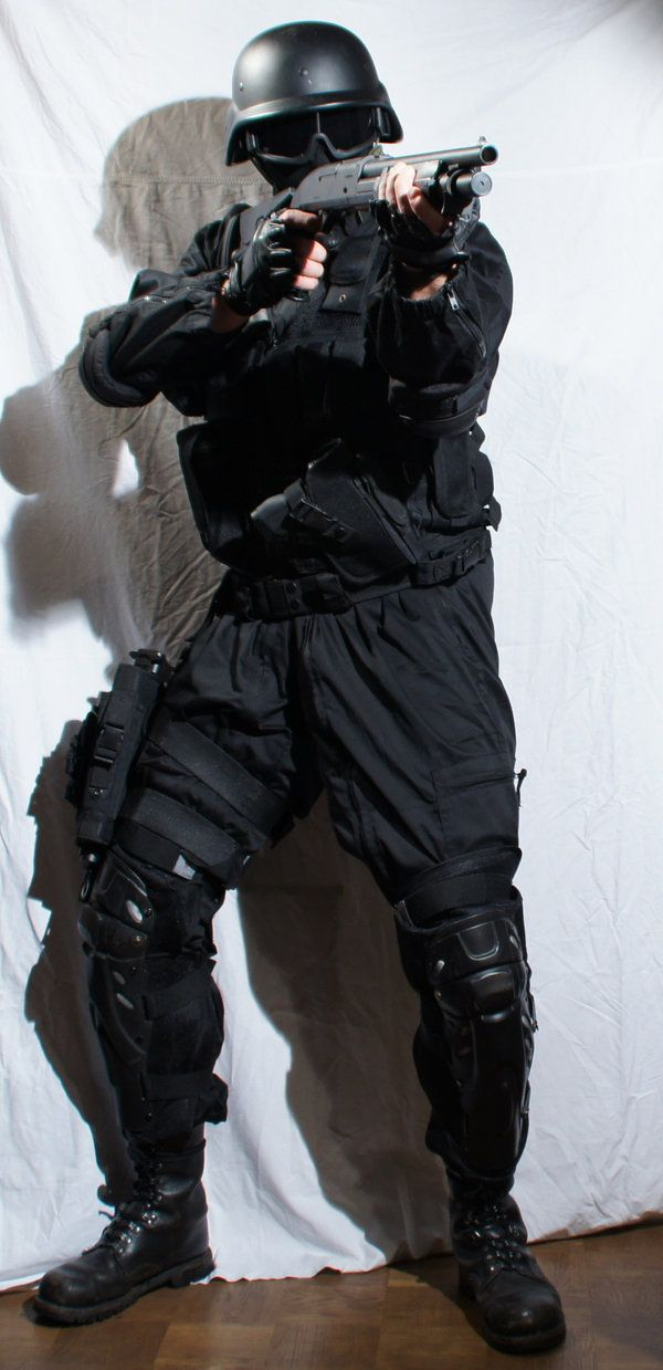 stock_soldier_12___mask_and_shotgun_by_freeport-d4l6fc1.jpg (600 ...