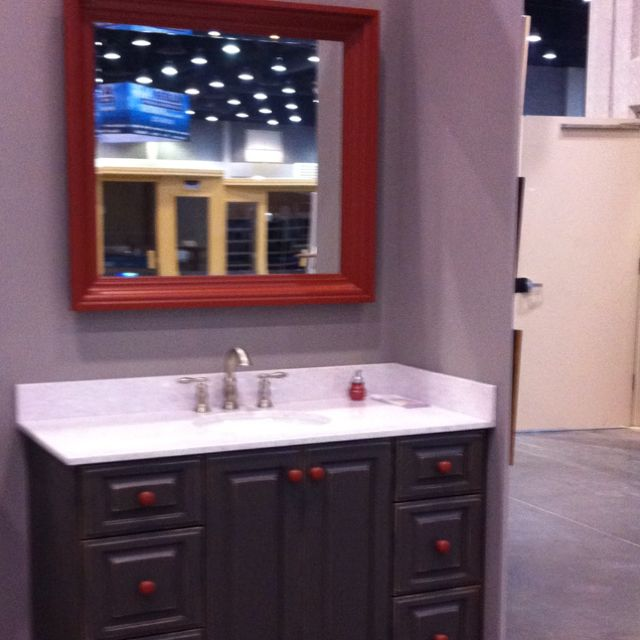 Kid S Vanity At The Home Garden Show 2012 In Louisville Ky By M H Custom Cabinets Kids Vanity Vanity Custom Cabinets