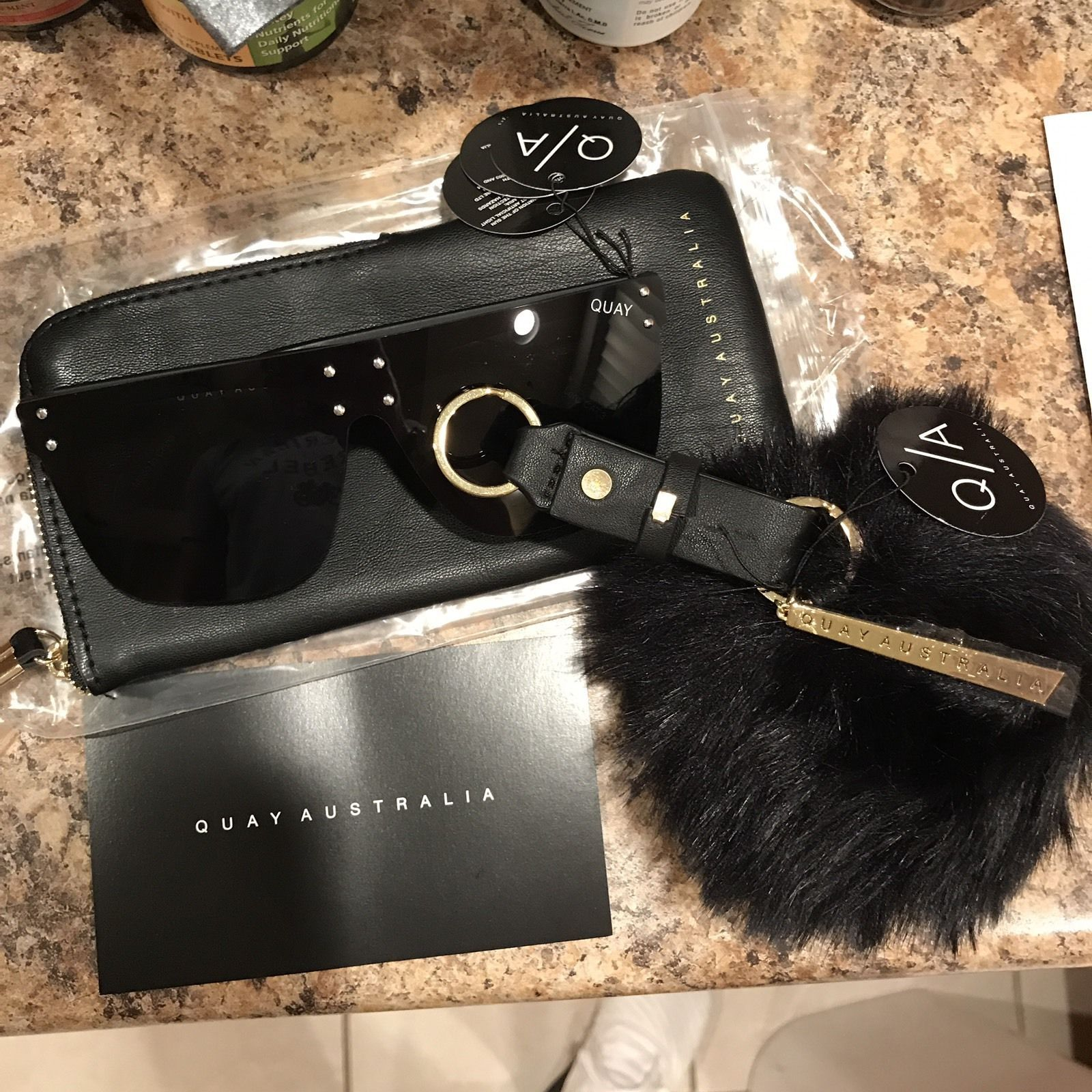 c0e7418202 Quay Kylie Jenner Hidden Hills Sunglasses Black With Pom And Packaging   black  with  packaging  sunglasses  hills  kylie  jenner  hidden  quay