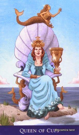 Queen Of Cups ~ Llewellyn's Classic Tarot