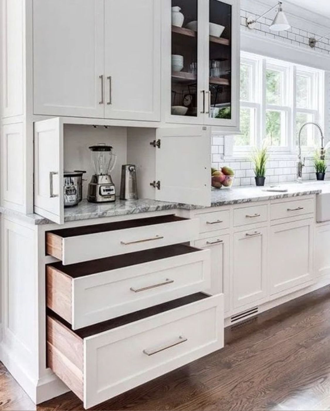 More Shallow Drawers Not Such Deep Ones In 2020 Kitchen Cabinet Design Kitchen Remodel Small Home Kitchens
