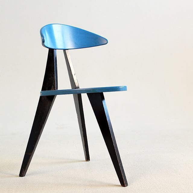 Sold On Www 19west De A Three Legged Chair Designed In 1955 By