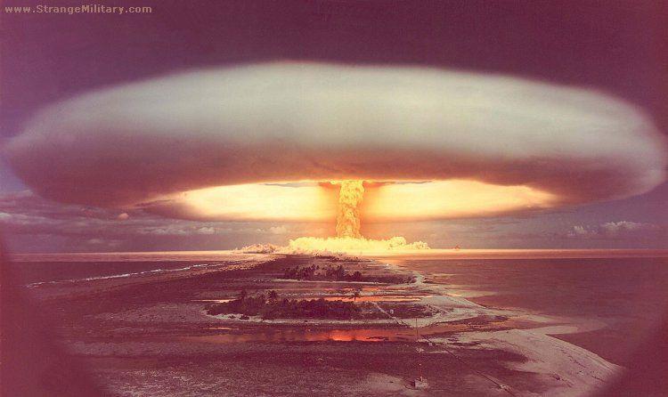 Nuclear bikini atol