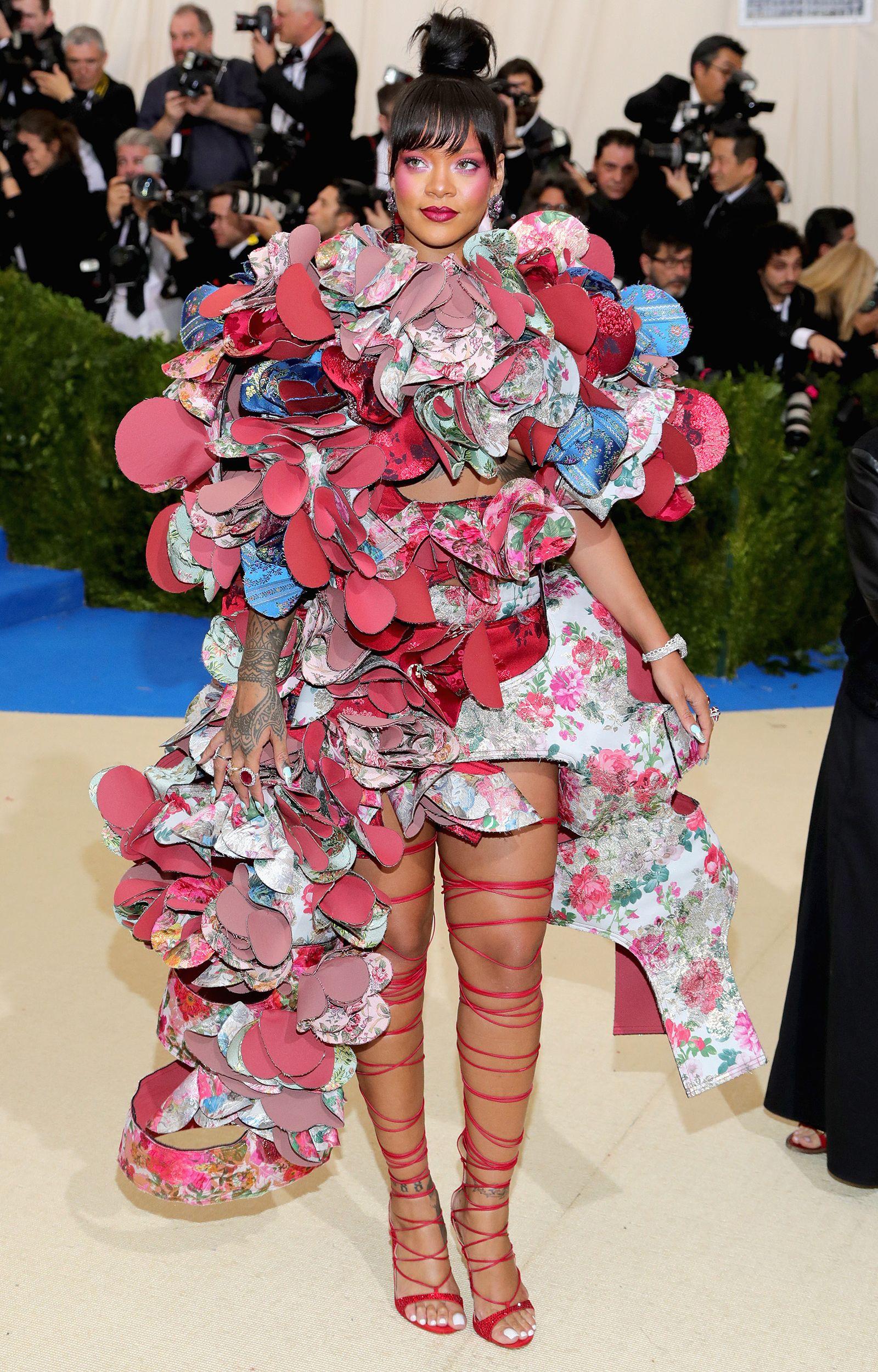 Rihanna's Met Gala Dresses | Met gala red carpet, Met gala ...