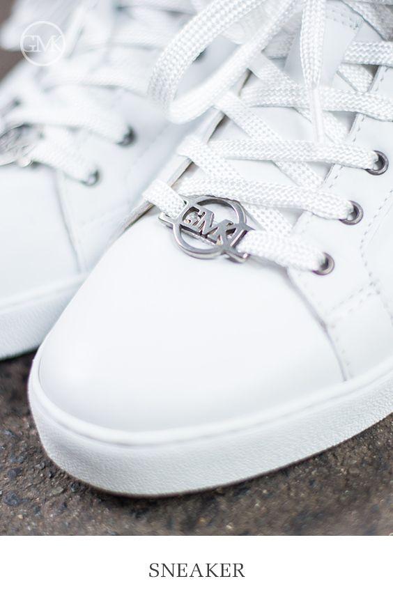 Weiße Schuhe Kombinieren