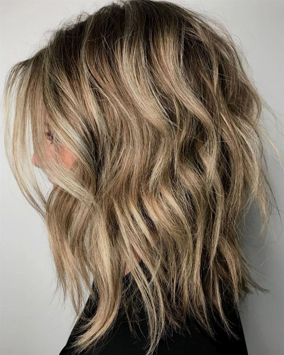 50 Best Variations Of A Medium Shag Haircut For Your Distinctive Style Medium Shag Haircuts Medium Hair Styles Hair Styles