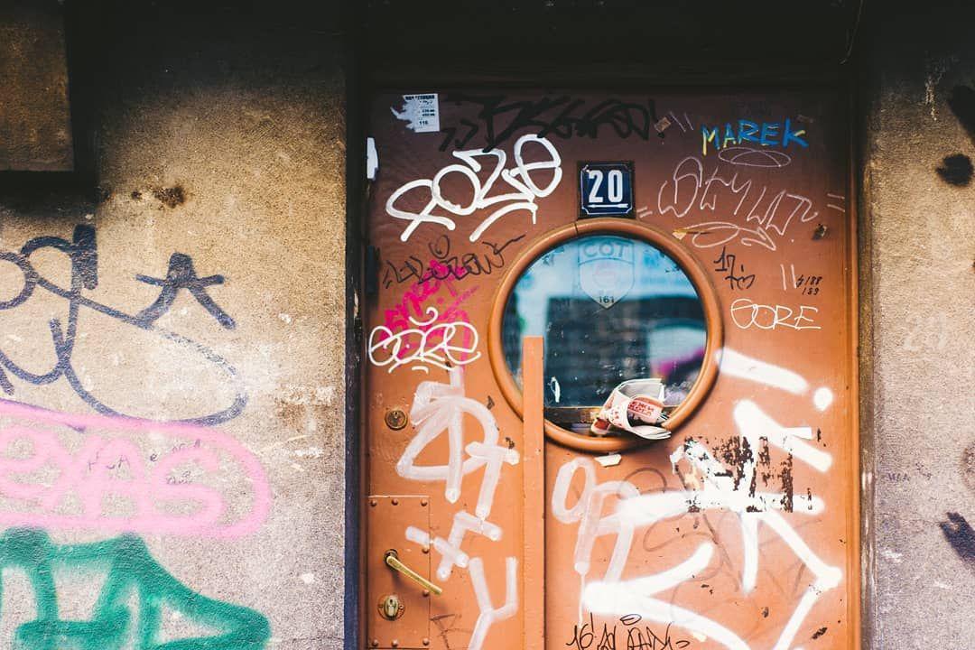 I get my inspiration from street . . . #olig #onlylifeigot #oligarmy #exploration #worldshotz #urban #urbanandstreet #urbanlife #urbandetails #urbanwalls #urbanrising #urbanshape #industrial #street #streetlife #streets_vision #door #graffiti #graffitiart #grafitti #instagraff #graffitiwall #inspired #inspiration