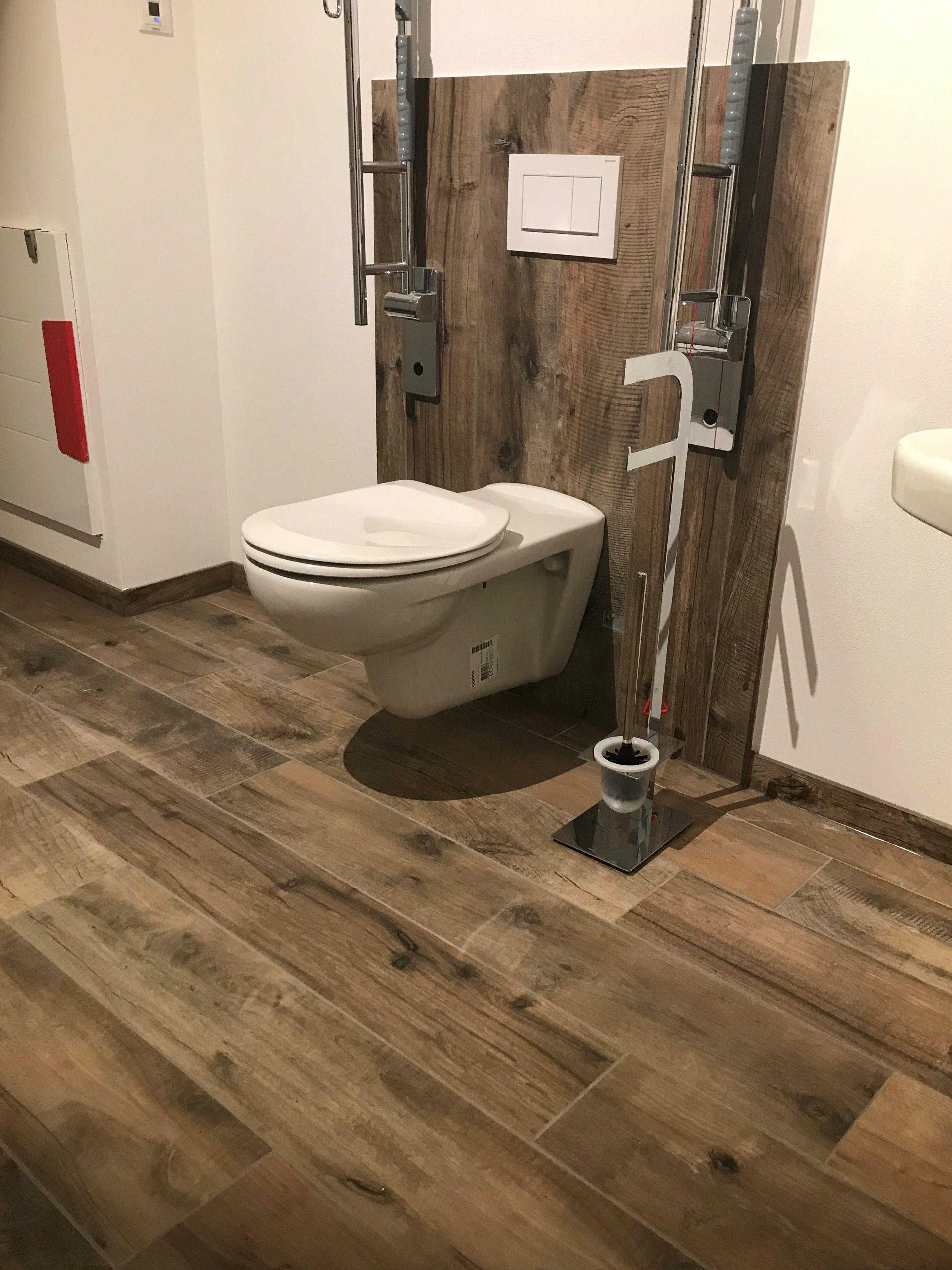 Ideen Fur Behinderten Gerechtes Wc Gaste Toilette Toiletten Ideen Holzoptik