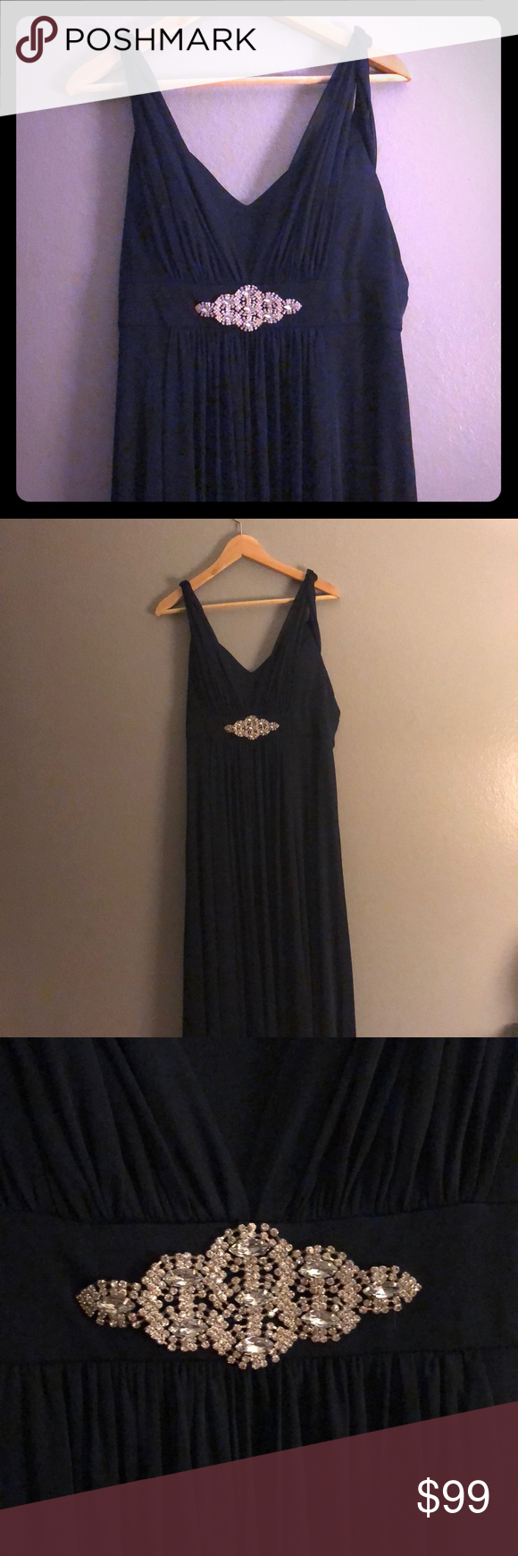 Navy blue prom dressformal gown like new condition was